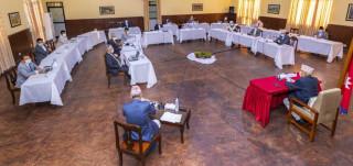 आधिकारिक ट्रेड युनियनको निर्वाचन रोक्ने सरकारको निर्णय