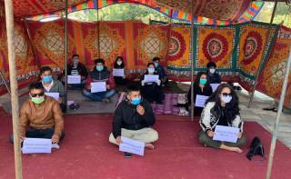 काठमाडौं विश्वविद्यालयका विद्यार्थी अनशनमा