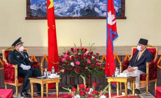 प्रधानमन्त्री ओली र चिनियाँ रक्षामन्त्री विच भेटवार्ता